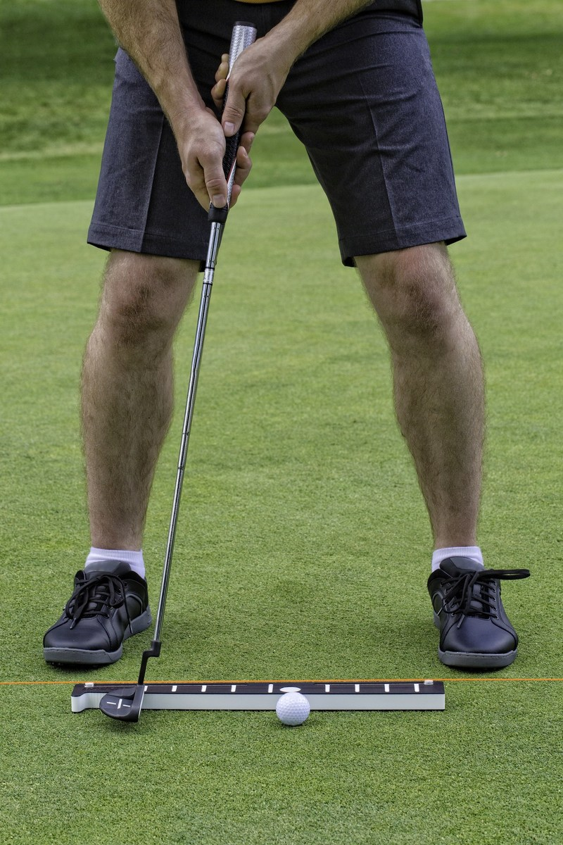 INPUTT, the portable training device that helps golfers easily identify and correct problems with stance and stroke