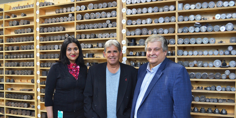 Meena Khan, Manager, Legal Affairs, Rideau Peter W. Hart, Director and Chief Executive Officer, Rideau, Steve Perrone, Chief Financial Officer, Rideau (CNW Group/Rideau Inc.)
