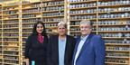 Meena Khan, Gestionnaire, Affaires juridiques, Rideau Peter W. Hart, Directeur et chef de la direction, Rideau, Steve Perrone, Chef de la direction des finances, Rideau (Groupe CNW/Rideau Inc.)