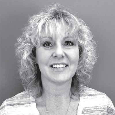 Lisa Desjardine, Client Service Representative, Pressed Metal Products (CNW Group/Rideau Inc.)