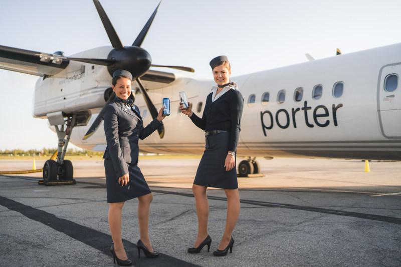 Porter Airlines accueille un nouveau produit à bord, la bière Ace Hill (Groupe CNW/Porter Airlines Inc.)
