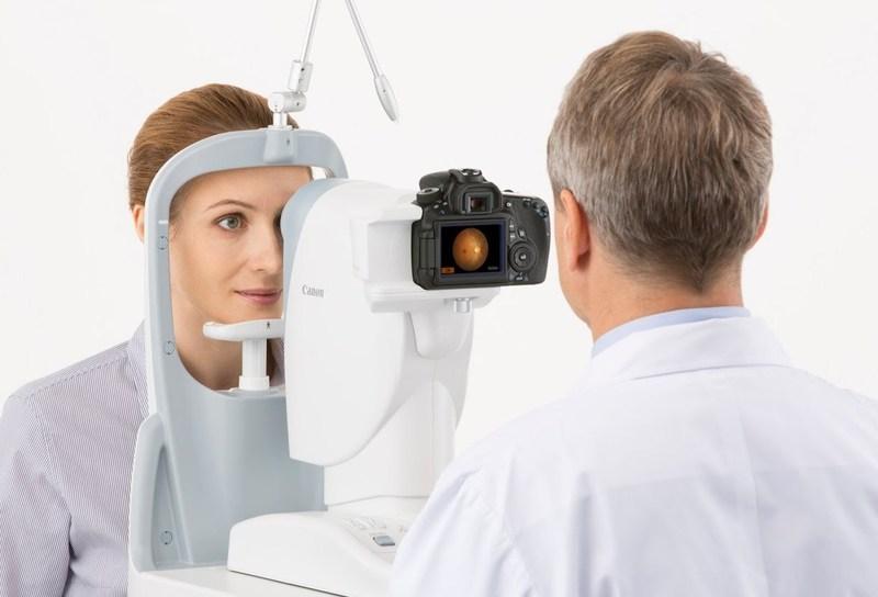 Canon CR-2 PLUS AF Digital Non-Mydriatic Retinal Camera