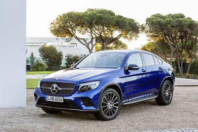 Sales of luxury light trucks maintained a steady pace over the course of the month, which saw a total of 1,991 units retailed, representing a growth of 37.4% over 2016. (CNW Group/Mercedes-Benz Canada Inc.)