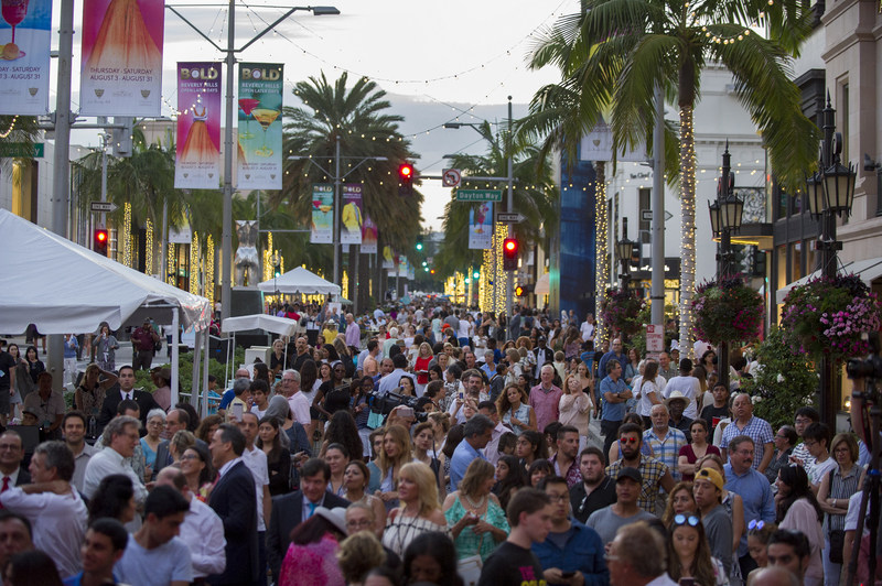 Beverly Hills welcomes visitors to the kick-off of BOLD--Beverly Hills Open Later Days--with extended shopping hours, live concerts, restaurant promotions, luxury car test drives, and more.