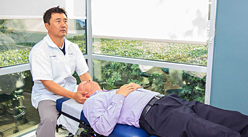 Zen Care's Dr Jay Kang has tremendous experience in expertise in advanced spinal rehabilitation, helping patients eliminate back pain by correcting the root cause.