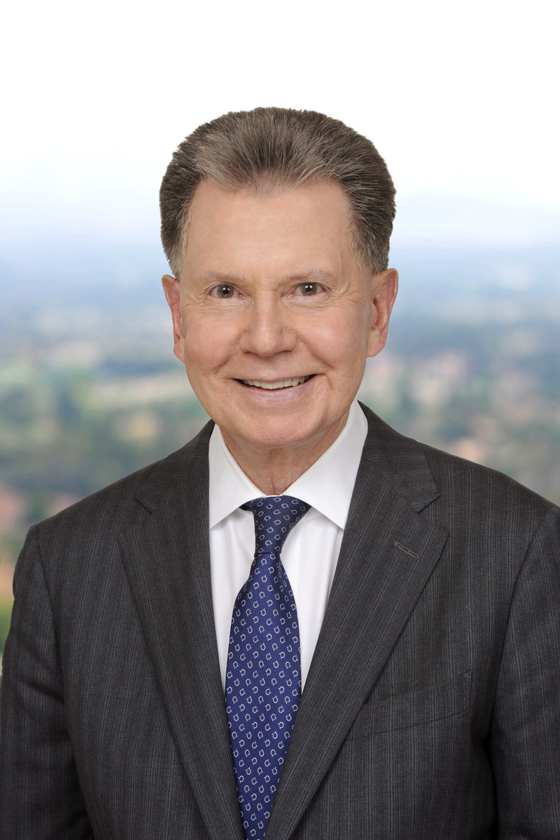 Crowell & Moring Expands West Coast Energy Capabilities with Project Development and Finance Lawyer Charles E. Schwenck