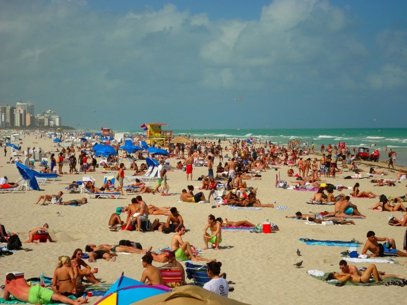The City of Miami Beach invites tourists and locals to celebrate Labor Day with a variety of cultural, culinary and cool events! Mobile users can download the Miami Beach Information (MBI) app from the Android and Apple stores to get the latest information on where to go, what to do and what to see over the holiday weekend.