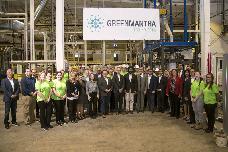 GreenMantra team, local Members of Parliament Bryan May and Marwan Tabbara, and the Honourable Navdeep Bains, Minister of Innovation, Science and Economic Development