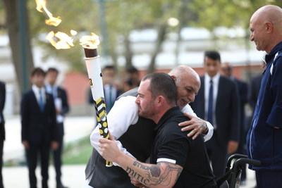 La flamme de l'esprit Invictus allumée en Afghanistan retrace le périple des guerriers canadiens blessés. Crédit photo : Jawad Jalali European Press Agency (Groupe CNW/Invictus Games Toronto 2017)