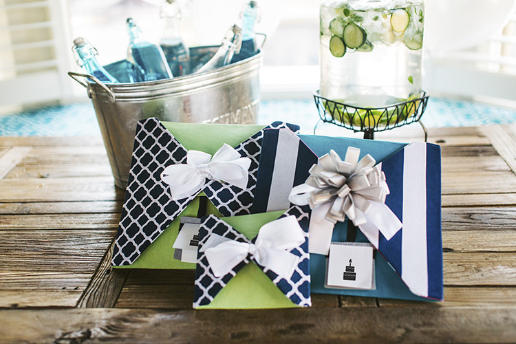 Reusable, reversible, eco-friendly alternative to wasteful wrapping paper.