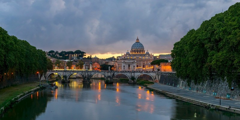 Travel agents can gain first-hand experience and knowledge of Rome, Florence, Venice during a 9-day Olive Tree Escapes Italian trip discovering Italy's iconic cities.