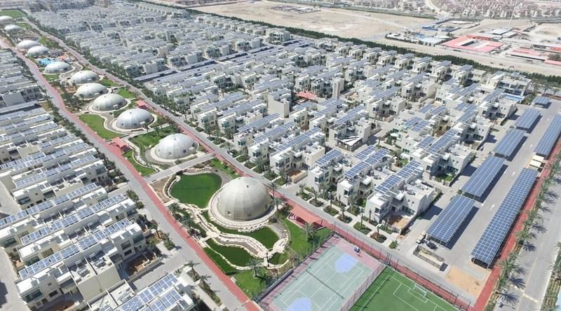 Módulos FV da Trina em operação na Cidade Sustentável em Dubai (PRNewsfoto/Trina Solar Limited)