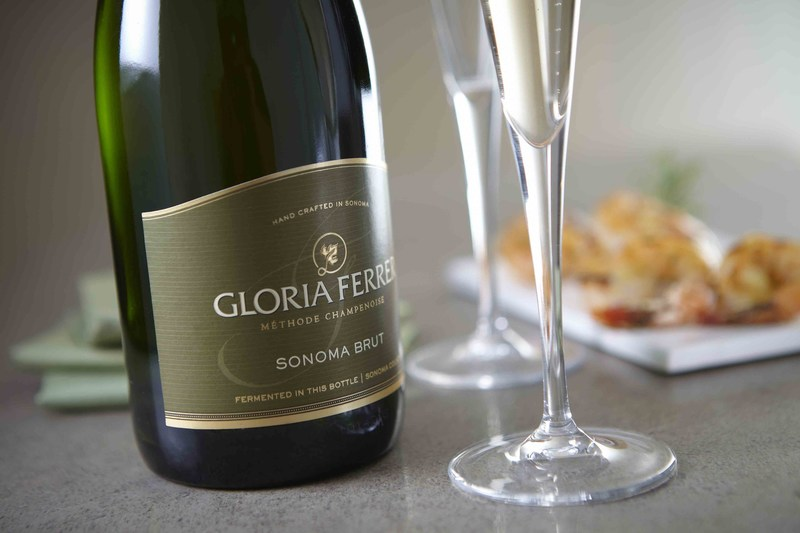 Gloria Ferrer Caves & Vineyards is searching for the nation's most glorious appetizer recipe to pair with its Sonoma Brut and is willing to pay $5000 to get it through the Glorious Bites Competition. Details and a recipe for the signature bite created by Point Reyes Farmstead Cheese Company are available at gloriousbites.com.