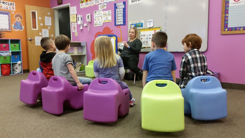 Vidget Flexible Seating System™ helps improve attention, focus and academic performance by allowing students to move while learning