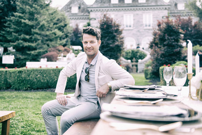Interior designer Nate Berkus, joins Stella Artois in Toronto at the 'Host One To Remember' event to host the ultimate dining experience (CNW Group/Stella Artois)