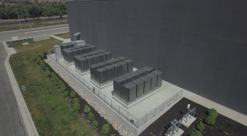 Bloom Energy fuel cells deployed on the Equinix Great Oaks campus in the Silicon Valley