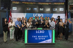 George Soleas, President & CEO, LCBO, joined John Lee, Vice President, Innovation & Enterprise Delivery, TMX Group to open the market. In 2016, through the generosity and dedication of LCBO customers and employees, a record $13.3 M was raised for various causes in Ontario. Also joining them to mark this milestone are LCBO employees and representatives from SickKids Foundation, MADD Canada, the United Way, OPSEU and LBED. (CNW Group/TMX Group Limited)