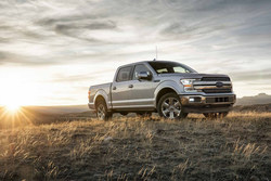 Visit Grand Ledge Ford Lincoln today to test drive the new 2018 Ford F-150.