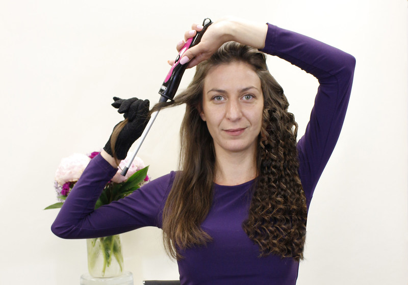 WAHL's new Skinny Curler creates fun, long-lasting curls in just minutes.