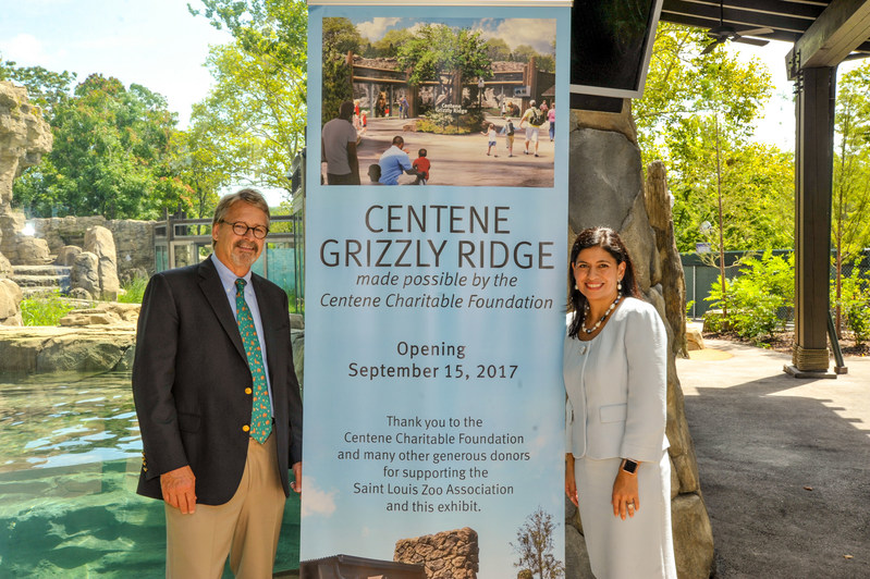 The Saint Louis Zoo announced a leadership gift from Centene Charitable Foundation to name Centene Grizzly Ridge, opening on September 15, 2017. Pictured are Jeffrey P. Bonner, Ph.D., Dana Brown President and CEO of the Saint Louis Zoo and Marcela Manjarrez-Hawn, Senior Vice President and Chief Communications Officer for Centene. (Photo credit: David Merritt/Saint Louis Zoo)