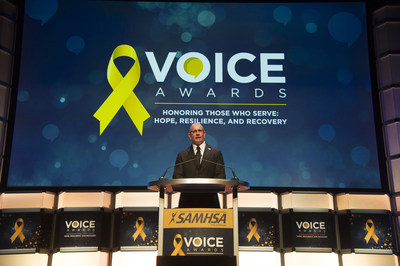Celebrity Chef Robert Irvine hosted the Substance Abuse and Mental Health Services Administration's (SAMHSA) 2017 Voice Awards that recognized community leaders, screenwriters and producers for their efforts to educate the public about mental illness and addiction. The awards promote the positive journey of recovery from these conditions. (PRNewsfoto/SAMHSA)