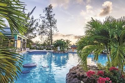 Jewel Paradise Cove (CNW Group/Sunwing Vacations Inc.)