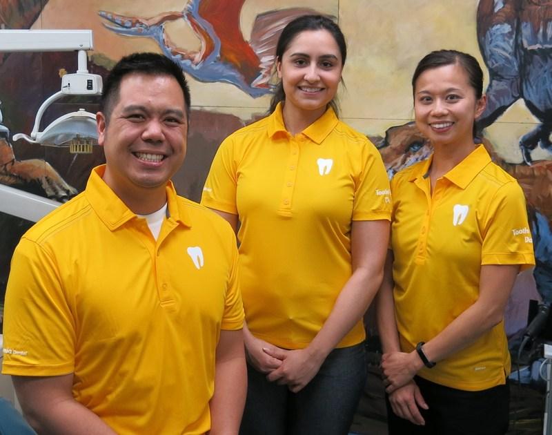 Drs. Wong, Lakhanpal and Chong-Gragasin (CNW Group/Aponia Dental)