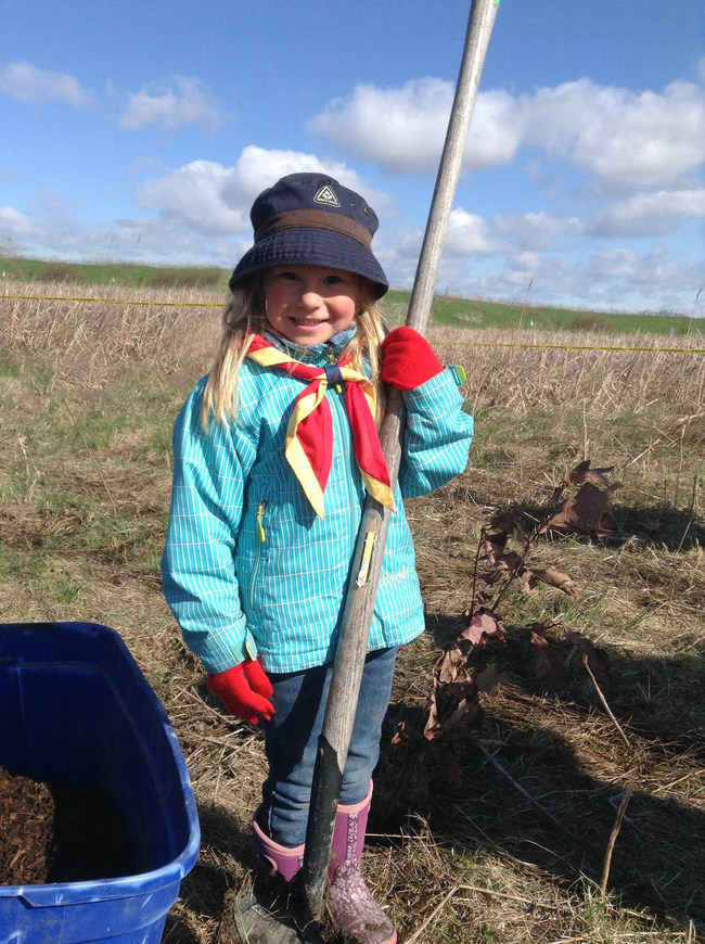 Scouts and their families will be planting 750 trees on August 26, 2017, to help reforest Fort McMurray. (CNW Group/Scouts Canada)