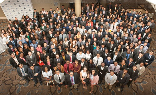 INROADS, Inc. trains over 400 diverse college seniors at its Leadership Development Institute (LDI), taking strides to fulfill its CEO Action for Diversity & Inclusion Commitment.