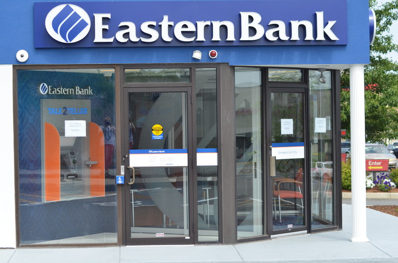 Eastern Bank is joining Revere, Massachusetts for good with opening of micro branch. The bank is bolstering its commitment to supporting Gateway Cities and turning a 500-square foot former Fotomat location in Revere into an innovative, high-tech retail banking office.