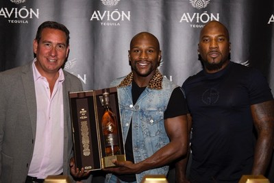 Ken Austin, Founder and Chairman of Tequila Avión and Hip Hop Mogul and Avión Partner Jeezy Celebrate Floyd Mayweather Jr. With Limited Edition, Commemorative Bottle of Avión Reserva 44 Extra Añejo Tequila