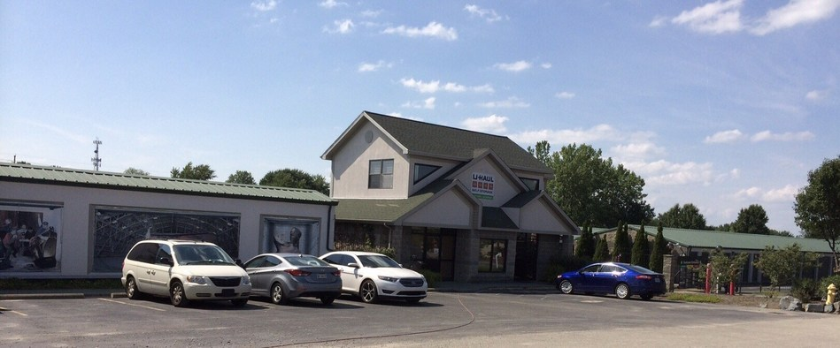 Until recently, U-Haul Moving & Storage of West Lafayette lacked the space to expand its operation and provide self-storage. But thanks to the recent acquisition of a 2.84-acre abutting property, U-Haul® is adding approximately 41,400 square feet of outdoor drive-up self-storage.