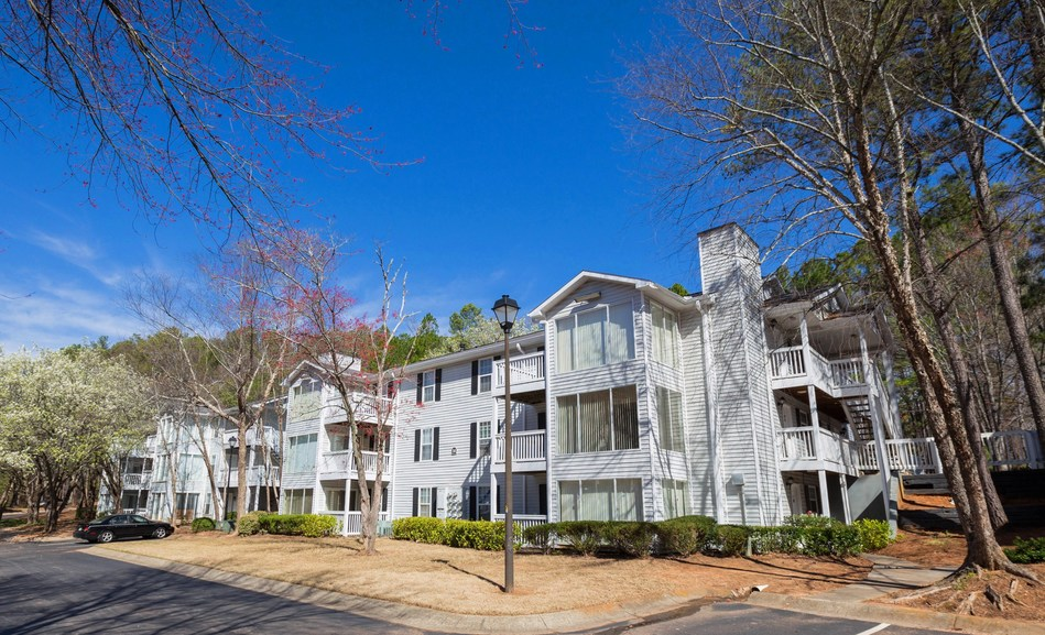 Praxis Capital has acquired the Birch Run Apartments, a beautiful 198-unit Class B Value-add property in Clarkston, GA, a suburb of Atlanta