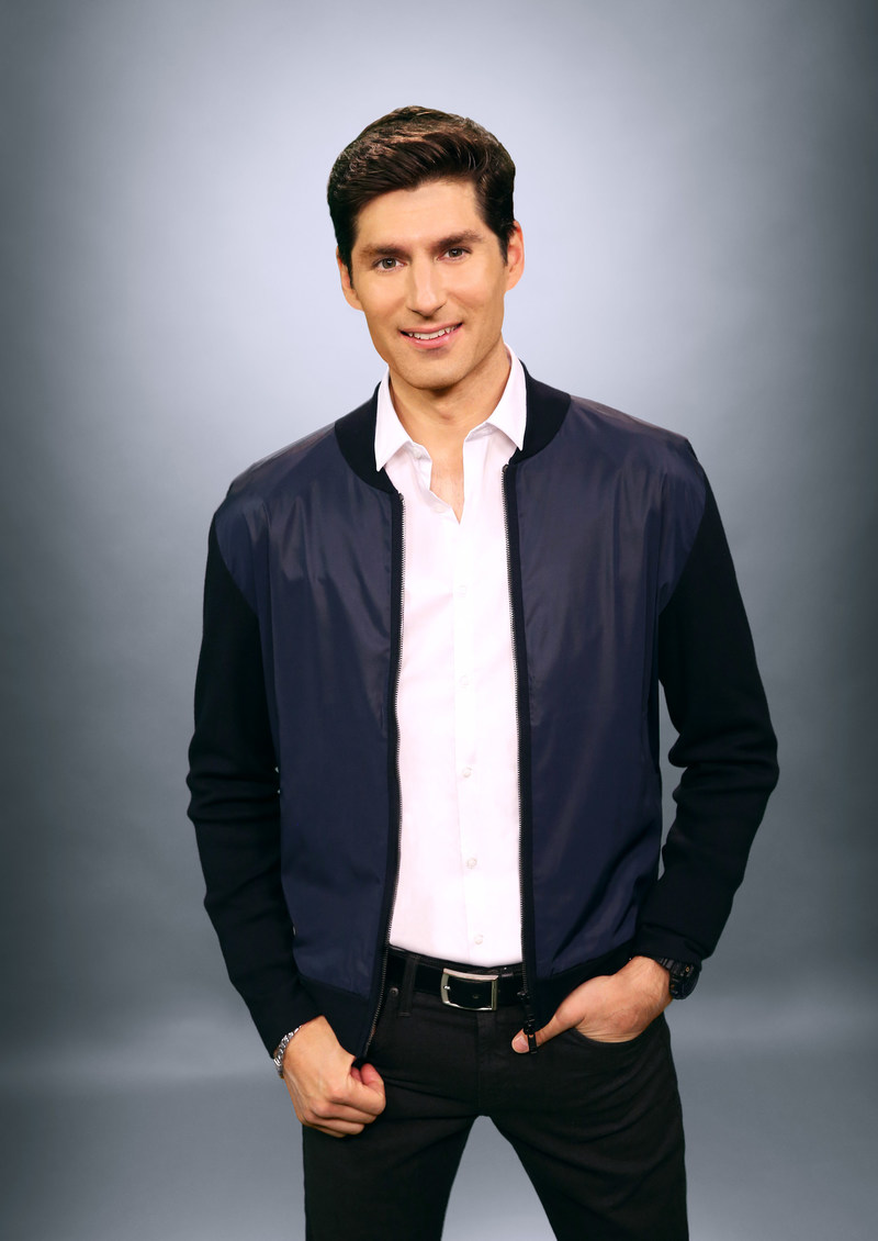 "Ben Aaron is the co-host for daytime television's newest ""go-to"" destination for the best in lifestyle and entertainment, ""Pickler & Ben."""