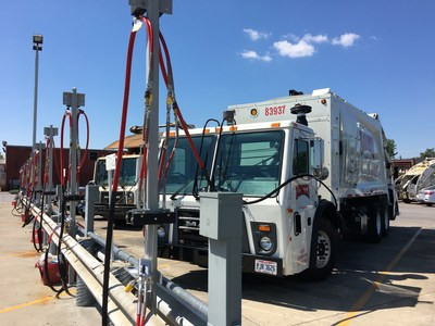 IGS opens compressed natural gas station at Rumpke.