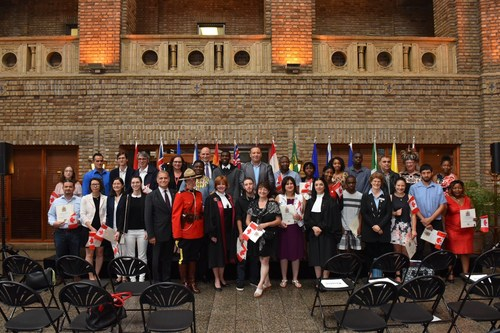 Today at the Gare du Palais in Québec City, 30 new citizens, coming from 15 countries, joined the Canadian family during a community citizenship  ceremony organized by Immigration, Refugees and Citizenship Canada, the Institute for Canadian Citizenship and VIA Rail Canada. (CNW Group/VIA Rail Canada Inc.)