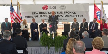 U.S.Secretary of Commerce Wilbur Ross congratulates LG Electronics at the ground breaking ceremony of the new LG Home Appliance Manufacturing Plant on Thursday, Aug. 24, 2017 in Clarksville, Tenn. Secretary Ross is joined on stage by Montgomery County Mayor Jim Durrett, William Cho President & CEO LG Electronics North America, U.S.Congresswoman Marsha Blackburn, Dan Song Global President & CEO LG Home Appliance and Air Solutions Company, U.S.Senator Bob Corker, South Korean Ambassador