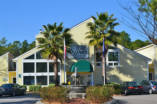 The Links Golf and Racquet Club, tucked away in a residential golf community in Myrtle Beach, SC joins the Capital Resorts list of luxury destinations available to its Capital Club members.