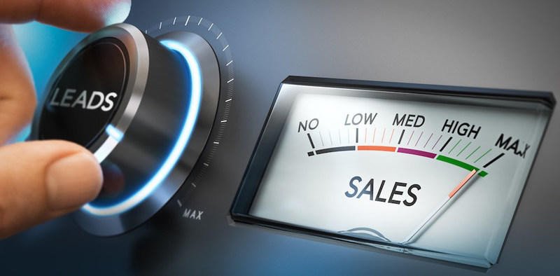 """""""The Ultimate Guide to Getting Your Sales and Marketing Teams Aligned"""" by FlexChief"""