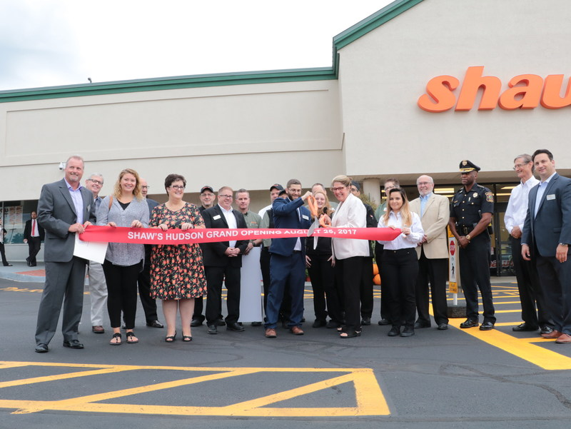 Shaw's Hudson Store Director, Brian Michaud, is joined by community members, local town and state officials and employees for the Store Opening Ribbon Cutting Ceremony.
