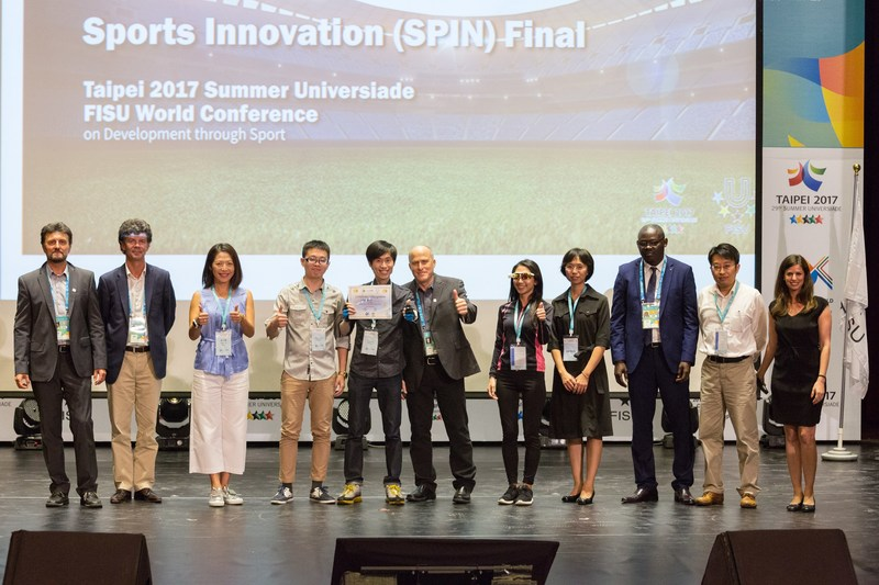 "The Jury Panel and HYPE Foundation together with winner ""ChaseWind"" (Photography by 2017 Taipei Summer Universiade Conference Organizing Committee)"