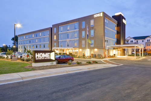 Noble has acquired the Home2 Suites by Hilton Rock Hill | Charlotte. The contemporary, extended stay hotel opened in May 2017 in Rock Hill, South Carolina – a strong part of the greater Charlotte MSA.