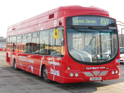 One of eight Ballard-powered fuel cell buses in the Transport for London fleet (CNW Group/Ballard Power Systems Inc.)