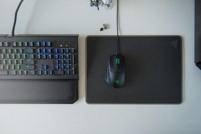 Razer Takes Aim At FPS Market With Customizable Basilisk Mouse