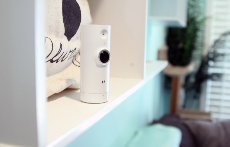 The D-Link Mini HD Wi-Fi Camera comes in a very unique and sleek design, allowing it to blend in with the decorations in any home.