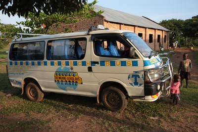 Routific's software is optimizing routes for this school bus so children in eastern Uganda can get to school as quickly and efficiently as possible. (CNW Group/Routific)