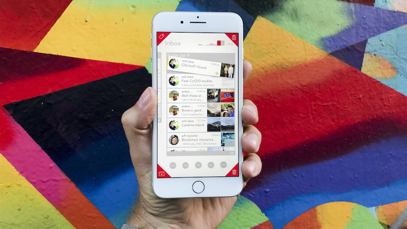 Geronimo lets users pickup emails and toss them to their four custom hot corners