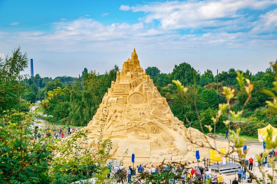 schauinsland-reisen world record for tallest sandcastle