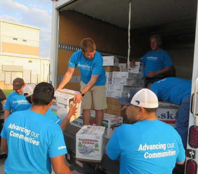 LyondellBasell employee volunteers unload a $16,000 food donation to The Bridge Over Troubled Waters, a Pasadena-based nonprofit family crisis center. The donation will go to the organization's efforts to feed and provide shelter services to families, including those impacted by Hurricane Harvey.