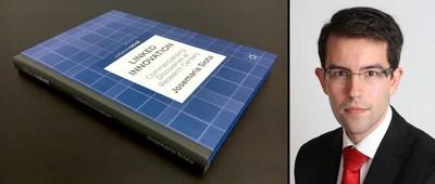 "Book ""Linked Innovation"" with the author Josemaria Siota (PRNewsfoto/Simastec Consulting)"